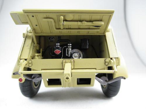 kubelwagen_type82_029.jpg